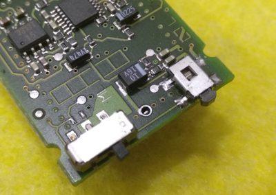 Nuevo pulsador del micrófono Sennheiser instalado